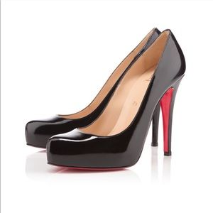 • Christian Louboutin • Rolando Pumps Patent Black